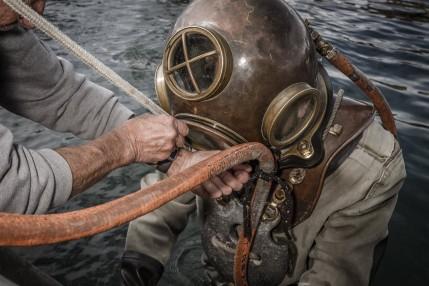 deepsea-diver-suit