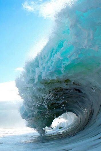 Blue freeze frame wave